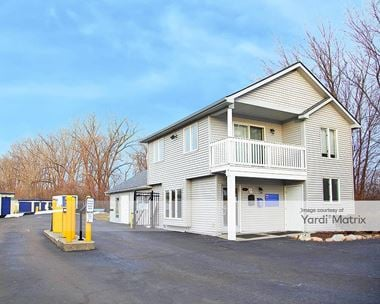 Storage Units for Rent available at 2570 Crooks Road, Rochester Hills, MI 48309