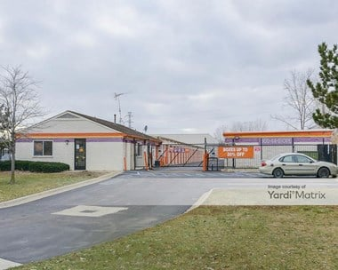 Storage Units for Rent available at 31505 Groesbeck Hwy, Fraser, MI 48026 Photo Gallery 1