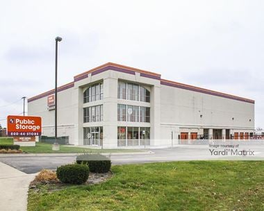 Storage Units for Rent available at 1404 East Big Beaver Road, Troy, MI 48083