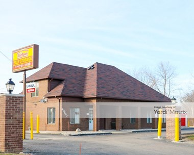 Storage Units for Rent available at 40600 Michigan Avenue, Canton, MI 48188 Photo Gallery 1