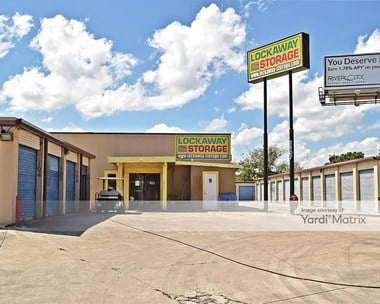 Storage Units for Rent available at 2507 Goliad Road, San Antonio, TX 78223 Photo Gallery 1