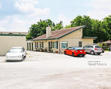 Storage Units for Rent available at 13600 North Interstate 35, Live Oak, TX 78233 Photo Gallery 1