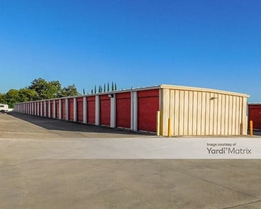 Storage Units for Rent available at 1571 West Contour, San Antonio, TX 78212 Photo Gallery 1