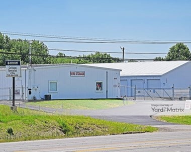 Storage Units for Rent available at 12453 National Road SW, Pataskala, OH 43062 Photo Gallery 1