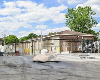 Storage Units for Rent available at 6295 West 3rd Street, Dayton, OH 45417 Photo Gallery 1