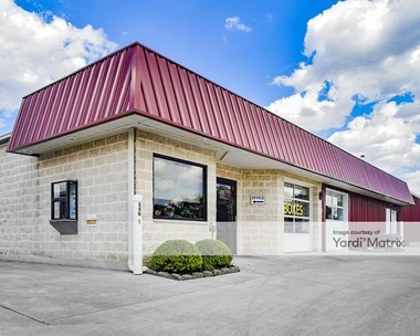 Storage Units for Rent available at 450 West Garbry Road, Piqua, OH 45356 Photo Gallery 1
