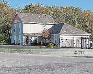 Storage Units for Rent available at 1907 Cunningham Pkwy, Belton, MO 64012 Photo Gallery 1