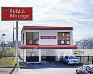 Storage Units for Rent available at 1539 South Old Highway 94, St Charles, MO 63303 Photo Gallery 1