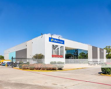 Storage Units for Rent available at 12555 Northborough Drive, Houston, TX 77067