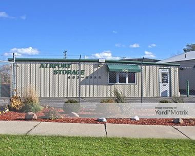 Storage Units for Rent available at 5000 South Nicholson Avenue, Cudahy, WI 53110