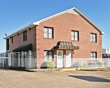 Storage Units for Rent available at 6105 Apple Tree Drive, Memphis, TN 38115 Photo Gallery 1