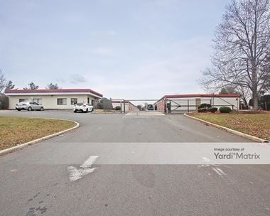 Storage Units for Rent available at 1204 How Lane, North Brunswick, NJ 08902 Photo Gallery 1