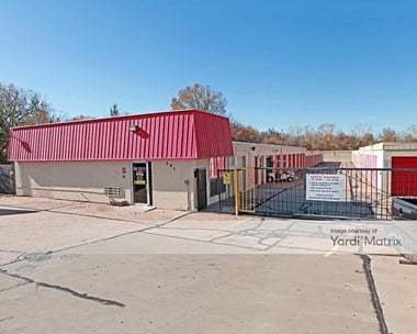 Storage Units for Rent available at 201 North Sooner Road, Del City, OK 73117 Photo Gallery 1