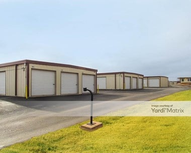 Storage Units for Rent available at 798 West Broadway Street, Blanchard, OK 73010 Photo Gallery 1