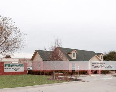Storage Units for Rent available at 1620 North Broadway, Moore, OK 73160