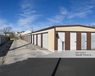 Storage Units for Rent available at 2400 Classen Blvd, Norman, OK 73071