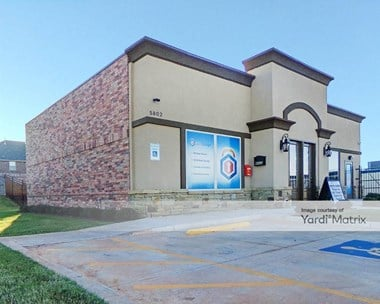 Storage Units for Rent available at 5802 NW 164th Street, Edmond, OK 73013 Photo Gallery 1