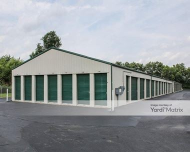 Storage Units for Rent available at 200 Commercial Way, Carlisle, OH 45005 Photo Gallery 1
