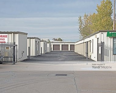 Image for Plaza Storage - 2300 West 31st Street, KS