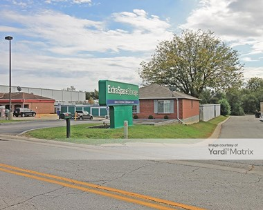 Storage Units for Rent available at 12977 West 63rd Street, Shawnee, KS 66216 Photo Gallery 1