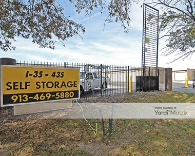 Storage Units for Rent available at 10750 Cottonwood Street, Lenexa, KS 66215 Photo Gallery 1