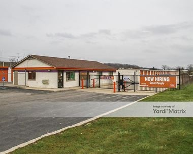 Storage Units for Rent available at 5060 Coolidge Hwy, Royal Oak, MI 48073