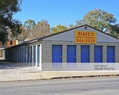 Storage Units for Rent available at 2613 8th Avenue, Beaver Falls, PA 15010 Photo Gallery 1