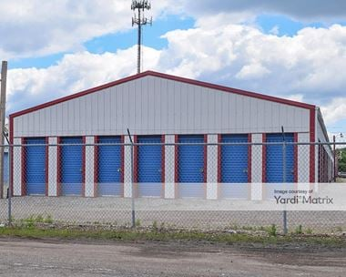 Storage Units for Rent available at 440 Industrial Pkwy, Heath, OH 43056