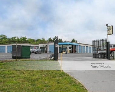 Storage Units for Rent available at 816 Space Drive, Beavercreek Township, OH 45434 Photo Gallery 1