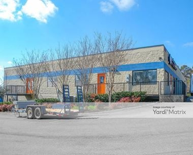Storage Units for Rent available at 4514 Western Avenue, Knoxville, TN 37921 Photo Gallery 1