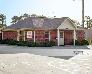 Storage Units for Rent available at 137 Apricot Lane, Calera, AL 35040 Photo Gallery 1