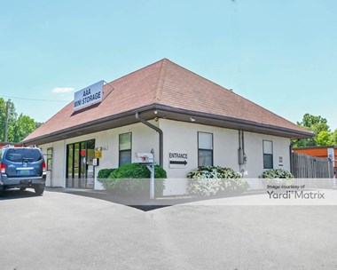 Storage Units for Rent available at 402 28th Street South, Irondale, AL 35210 Photo Gallery 1