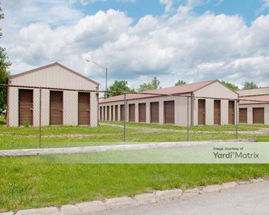Storage Units for Rent available at 2700 Halliburton Drive, Indianapolis, IN 46168 Photo Gallery 1