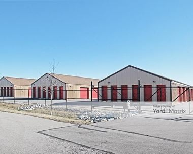 Storage Units for Rent available at 711 Commerce Drive, Franklin, IN 46131