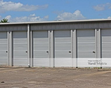 Storage Units for Rent available at 1006 County Road 348, Brazoria, TX 77422 Photo Gallery 1