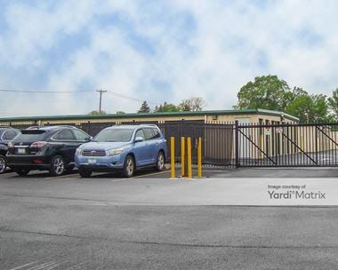 Storage Units for Rent available at 44 West 134 Route 20, Hampshire, IL 60140 Photo Gallery 1