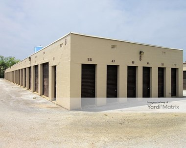 Storage Units for Rent available at 7467 Mentor Avenue, Mentor, OH 44060 Photo Gallery 1