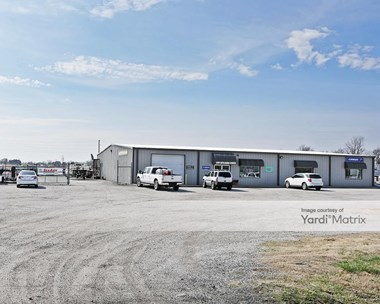 Storage Units for Rent available at 35494 East State Highway 51, Coweta, OK 74429 Photo Gallery 1