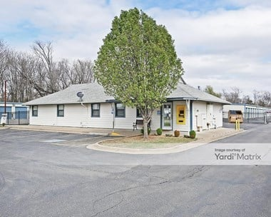 Storage Units for Rent available at 6435 South Peoria, Tulsa, OK 74136 Photo Gallery 1