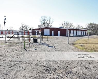 Storage Units for Rent available at 512 Frisco Avenue, Henryetta, OK 74437