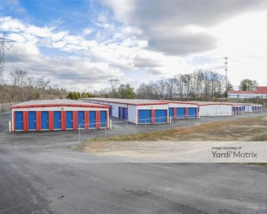 Storage Units for Rent available at 1915 West Lamar Alexander Pkwy, Maryville, TN 37801 Photo Gallery 1