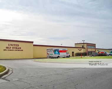 Storage Units for Rent available at 21005 Division Street, Crest Hill, IL 60403