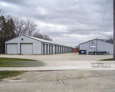 Storage Units for Rent available at 24727 Roberts Road, Channahon, IL 60410