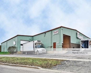 Storage Units for Rent available at 433 Maple Avenue, Downers Grove, IL 60515