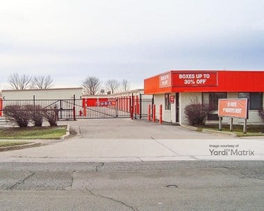 Storage Units for Rent available at 2626 West Jefferson Street, Joliet, IL 60435 Photo Gallery 1