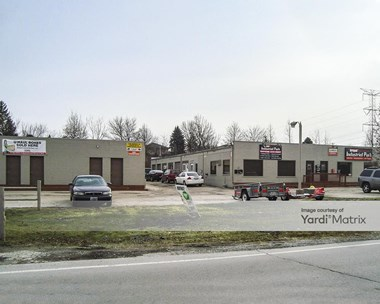 Storage Units for Rent available at 13617 Southwest Hwy, Orland Park, IL 60462 Photo Gallery 1