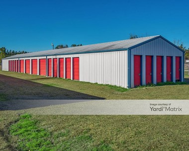 Storage Units for Rent available at 183 Fox Run Road, St. George, SC 29477 Photo Gallery 1