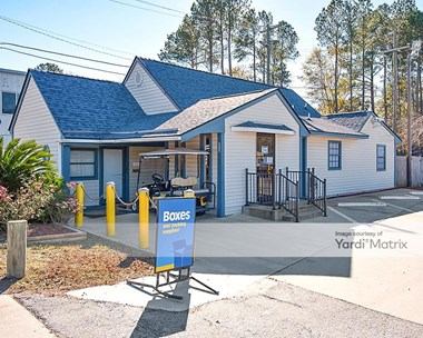 Storage Units for Rent available at 422 Old Trolley Road, Summerville, SC 29485 Photo Gallery 1