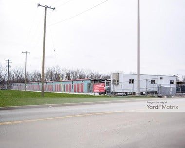 Storage Units for Rent available at 4501 West 135th Street, Crestwood, IL 60418 Photo Gallery 1