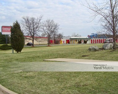 Storage Units for Rent available at 1089 East Avenue, Streamwood, IL 60107 Photo Gallery 1